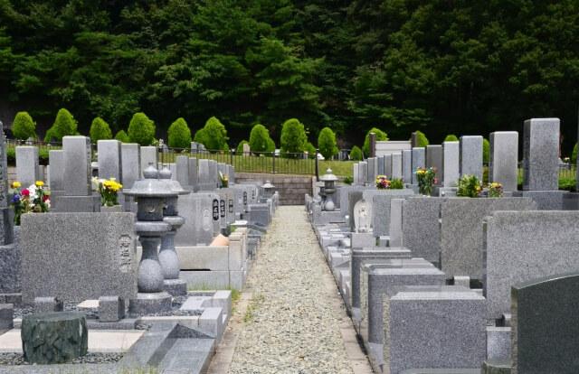国産の墓石と外国産の墓石の違いとは