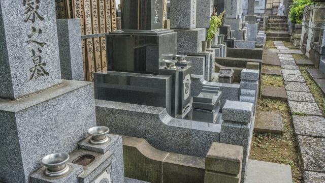 墓石を修理して長持ちさせる方法と費用の相場