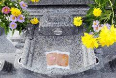 お墓参りのお供え物の意味とは?覚えておきたいマナーと注意点